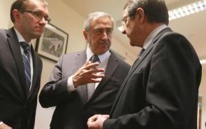 Κυπριακό – «Στρατηγική» δια των υποχωρήσεων